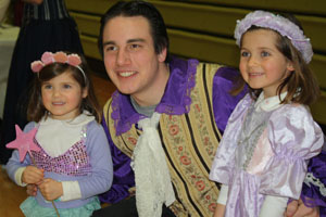 Cinderella Tea enchants little princesses