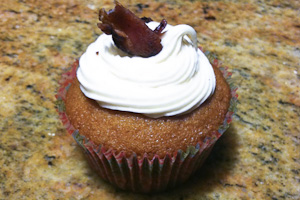 Cupcakes with Cassidy: Bacon Cupcakes surprise with delicious taste