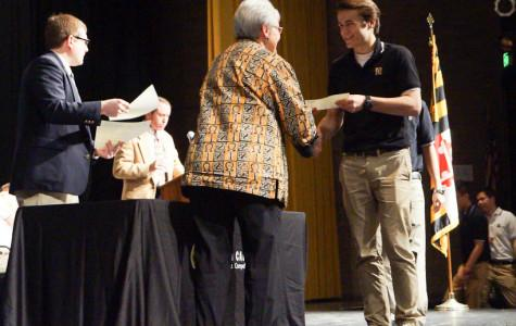 Week in Pictures: Men's tennis, Women's track, and Quarter 3 awards assembly