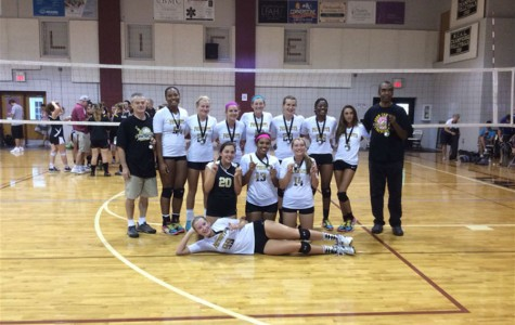 Sports Updates: Varsity women's volleyball wins big, Orioles kick off the ALDS at home