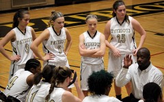 Week In Pictures: Girls Basketball, Spanish Exchange, Chemistry Project
