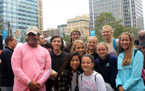 Students travel to Philadelphia for Papal Mass