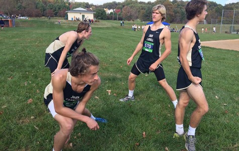 Men's cross country on the path to victory