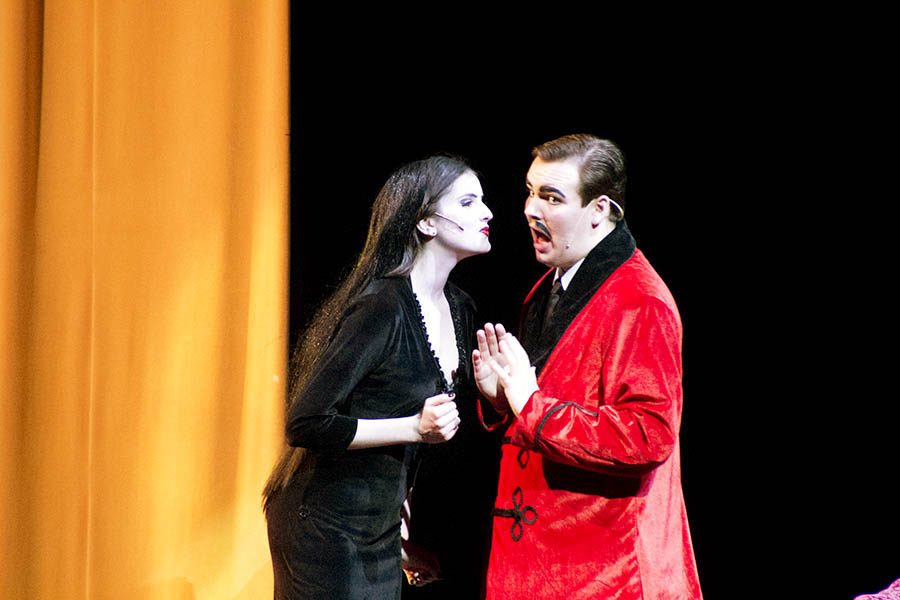 Senior+Lilly+Stannard+and+junior+Zach+Miller+played+Morticia+and+Gomez+Addams+in+the+spring+musical+%22The+Addams+Family.%22+Stannard+and+Miller+both+won+awards+from+the+JC+Theatre+Department+for+their+performances+in+the+show.