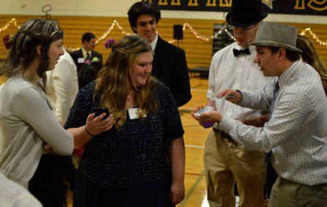 Senior uses his magic touch to amaze audiences