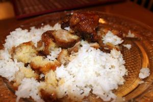 Lee's Hunan offers best food in Harco