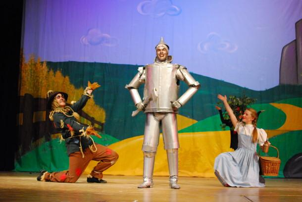 DeVoe brings Broadway magic with this weekend's 'Wizard of Oz'