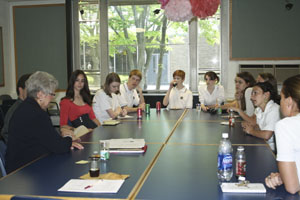 Selected students interview new principal candidates