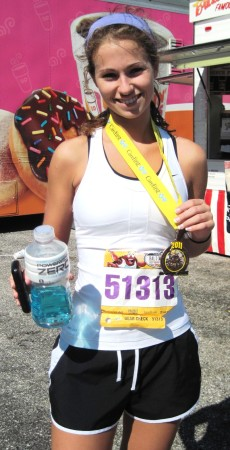 Senior+Stephanie+Meadowcroft+ran+the+Baltimore+Half+Marathon+this+past+Saturday%2C+October+15.+She+finished+her+first+race+in+2%3A06%3A10.