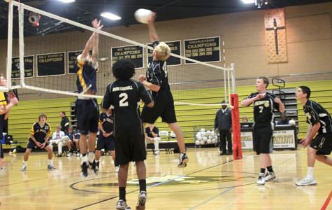 St. Paul's defeats men's varsity volleyball
