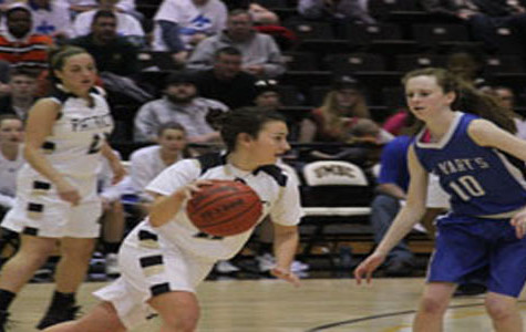 Women's basketball takes IAAM conference title, first time in 28 years