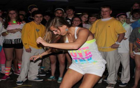 Glow Dance amounts to success despite lack of black lights