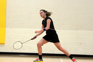 Badminton shuts out IND on senior night