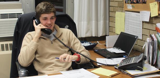 Phonathon raises money for senior class, JC community