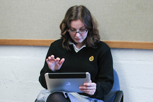 Technology Dept. tests tablets for incoming students