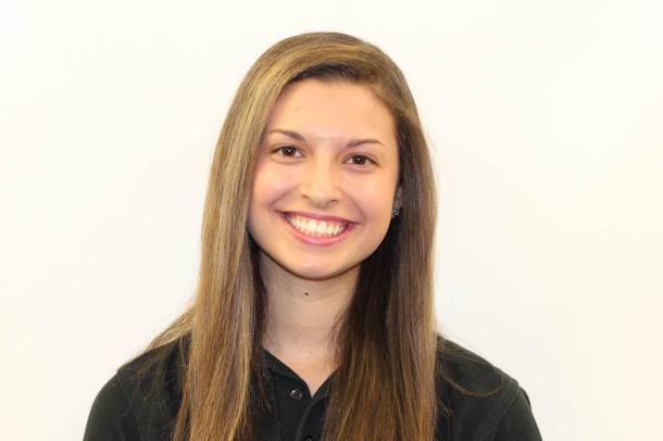 Lauren Fabiszak A&E Editor 2013-14