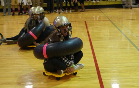 Week in Pictures Open House, Powder Puff, and Class Color Day