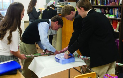 Advisories wrap up year with giving