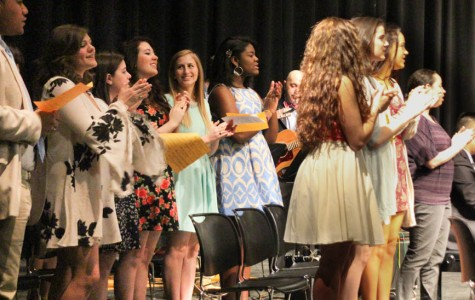 Week in Pictures: Ring Ceremony, Fashion Show, and Senior Seminar