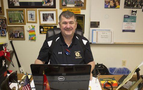 Earth Science teacher Tim Perry