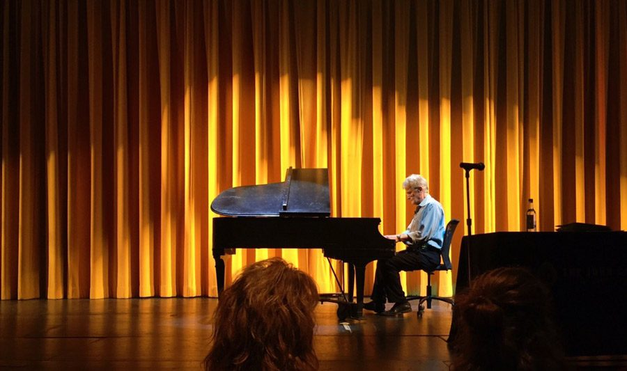 New York-based educator, speaker, and producer, Peter Sklar plays the piano before his lecture Tuesday, Sept. 27. Students were given an opportunity to interview with Sklar for an invitation to one of his intensive summer workshops.