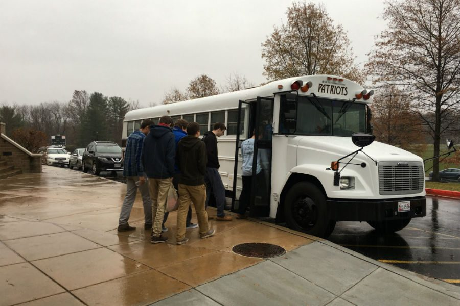 Science teacher Angela Wards two sections of Marine Biology classes depart on a field trip to the Baltimore Aquarium on Tuesday, Nov. 29. Once there, students completed an aquarium scavenger hunt, heading through fish exhibits, dolphin training sessions, and the tropical rain forest.