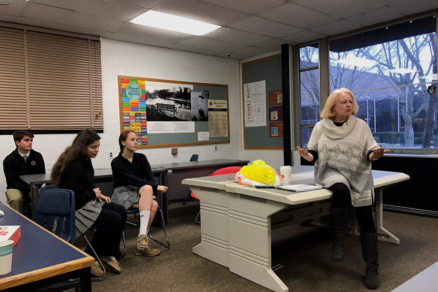 Spanish teacher Deirdre Magner discusses changes to the International Student Mentoring Program with students on Wednesday, Feb. 15. Students met to discuss the details and responsibilities of becoming a mentor of an international student.