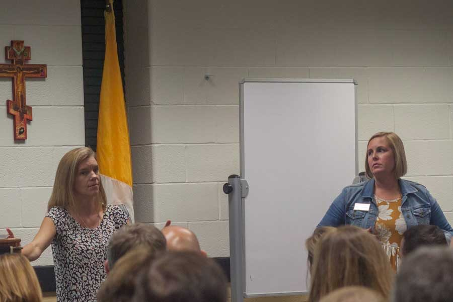 College counselors Carrie Siemsen and Kelly Smith discuss the college admissions process on Wednesday, Oct 4. The college counseling department hosted a college night for the parents of the junior class.