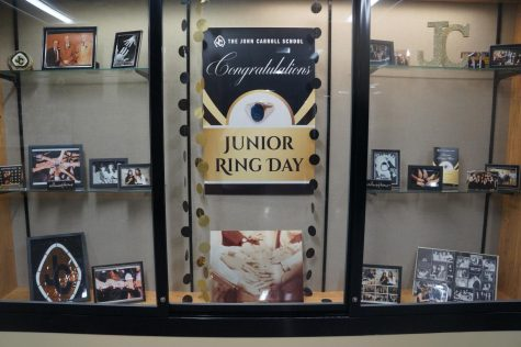 Juniors get their rings before school closure begins